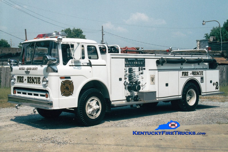 <center> RETIRED <br> Mayfield-Graves County Engine 2<br>  x-Lone Oak, KY <br> 1972 Ford C-900/American 1000/1000 <br> Greg Stapleton photo <br> </center>