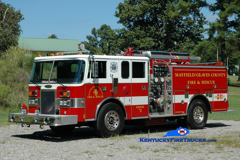 <center> RETIRED <br> Mayfield-Graves County Engine 2 <br> x-Cedar Rapids, IA <br> 1990 Pierce Lance 1250/500 <br> Greg Stapleton photo <br> </center>