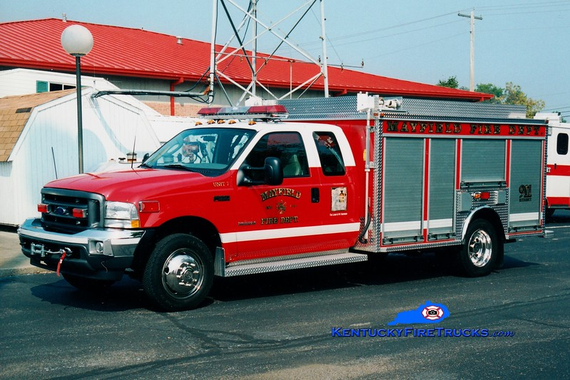 <center> RETIRED <br> Mayfield  Rescue 7 <br> 2003 Ford F-550/EVI  <br> Greg Stapleton photo <br> </center>