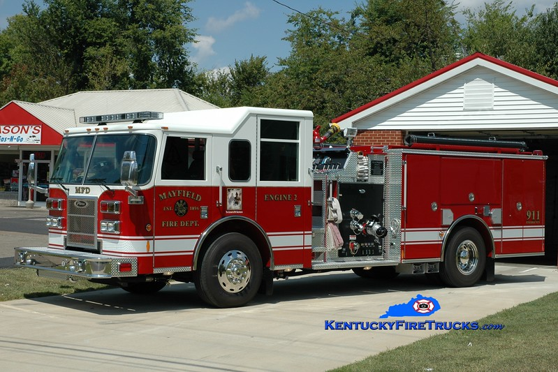<center> Mayfield  Engine 2 <br> 2010 Pierce Contender 1500/500 <br> Greg Stapleton photo <br> </center>