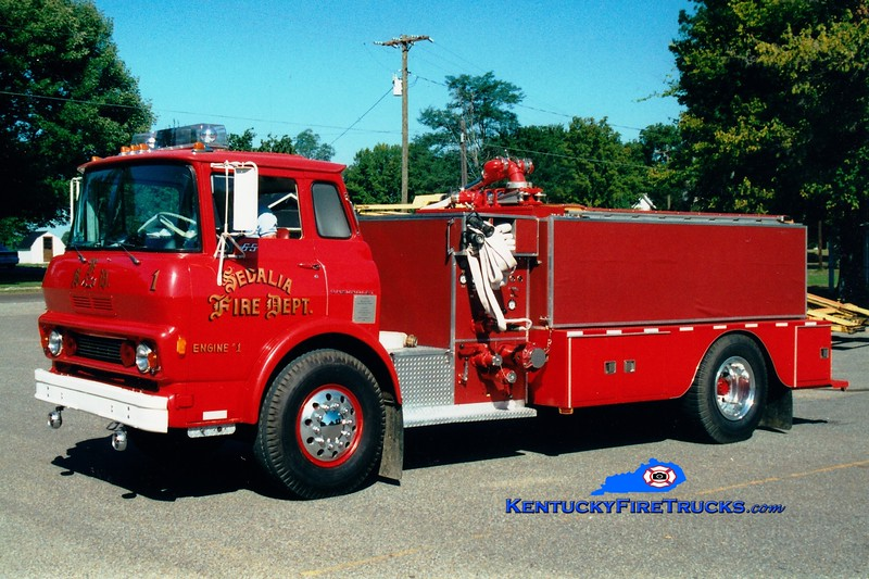 <center> RETIRED <br> Sedalia  Engine 1 <br> 1979 Chevy/Local 750/1000 <br> Greg Stapleton photo <br> </center>