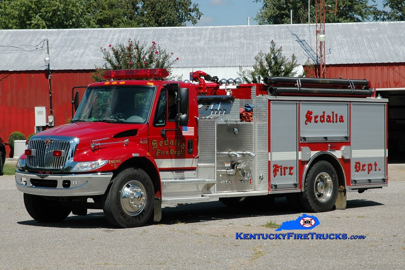 <center> Sedalia  Engine 2 <br> 2004 International 4400/Pierce 1250/1000 <br> Greg Stapleton photo </center>