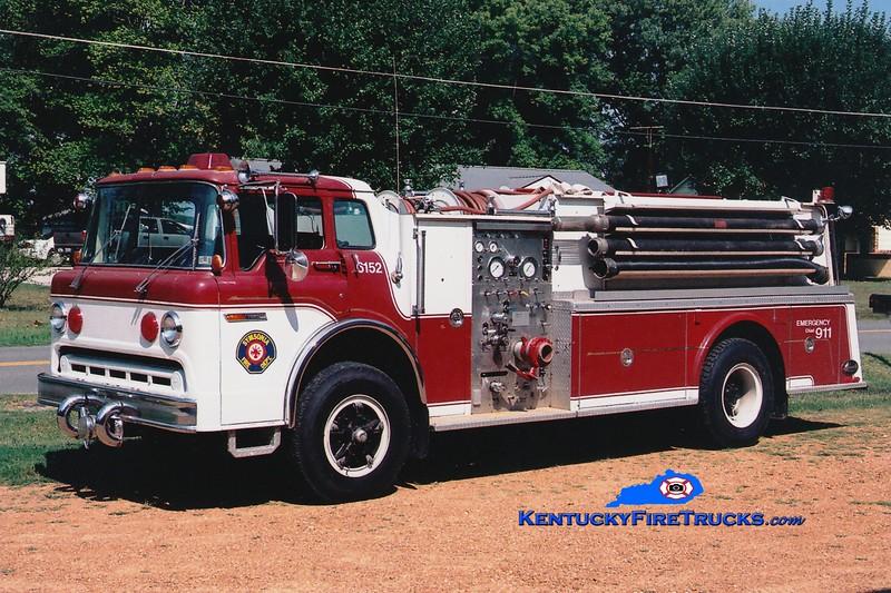 <center> RETIRED <br> Symsonia  Engine 6152 <br> x-Cressona, PA <br> 1978 Ford C/Hamerly 750/1000 <br> Greg Stapleton photo </center>