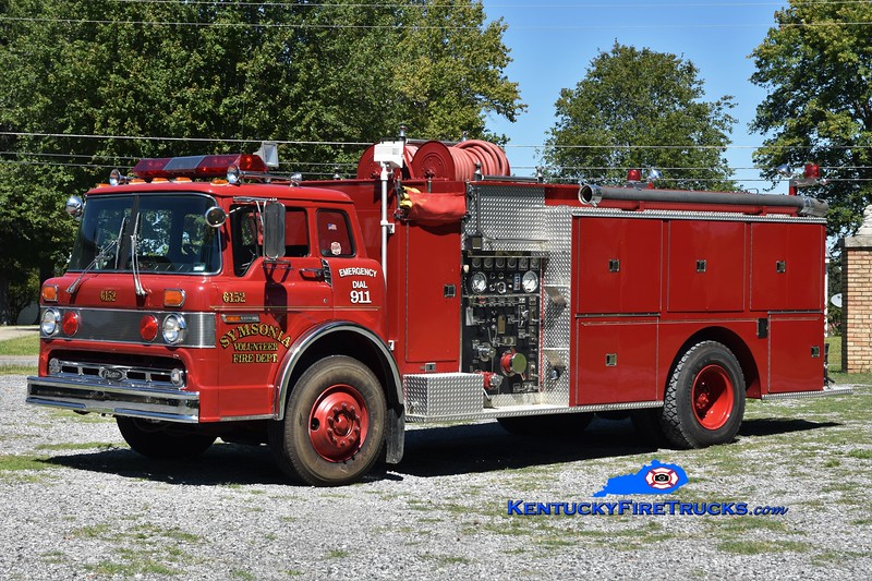 Symsonia  Engine 6152<br /> x-Reidland Farley, KY<br /> 1981 Ford C-8000/Pierce 1000/1250<br /> Greg Stapleton photo