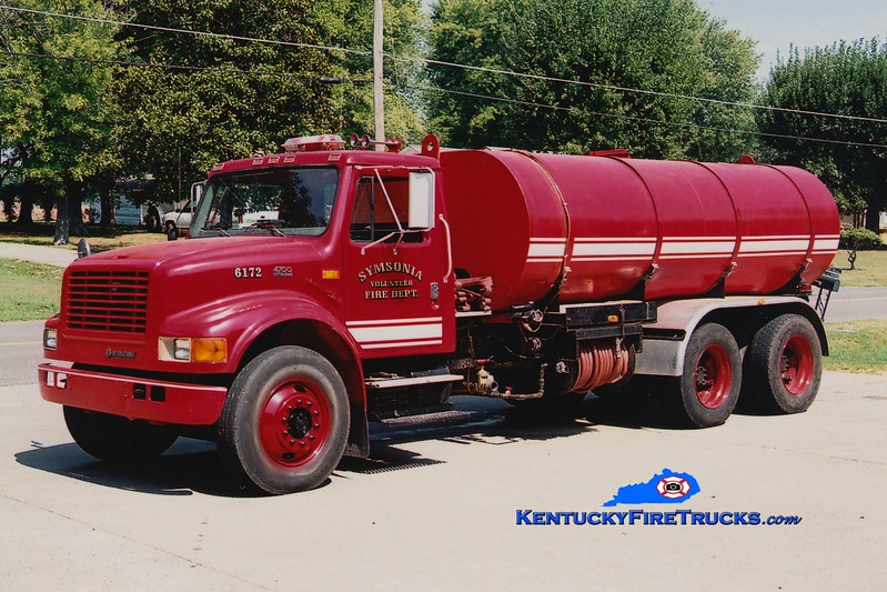 <center> RETIRED <br> Symsonia  Tanker 6172 <br> International 4900/Local 0/3000 <br> Greg Stapleton photo </center>
