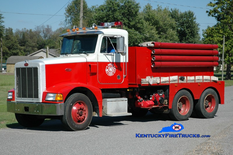 <center> Viola  Tanker 2172 <br> 1991 Peterbilt/FD 250/2500 <br> Greg Stapleton photo </center>