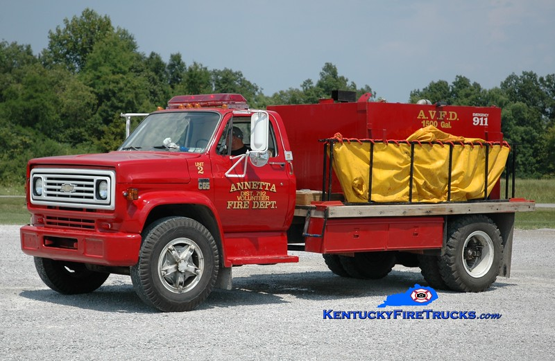 <center> RETIRED <br> Anneta  Tanker 2 <br> 1974 Chevy C65/Local 250/1500 <br> Greg Stapleton photo </center>