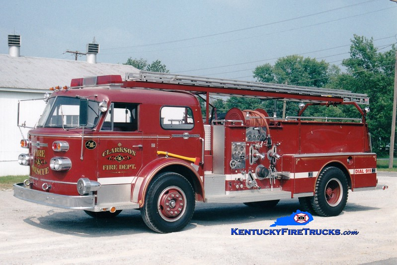 <center> RETIRED <br> Clarkson  Engine 904  <br> x-Bardstown, KY <br> 1968 American LaFrance 900 Series 1000/500 <br> Greg Stapleton photo </center>