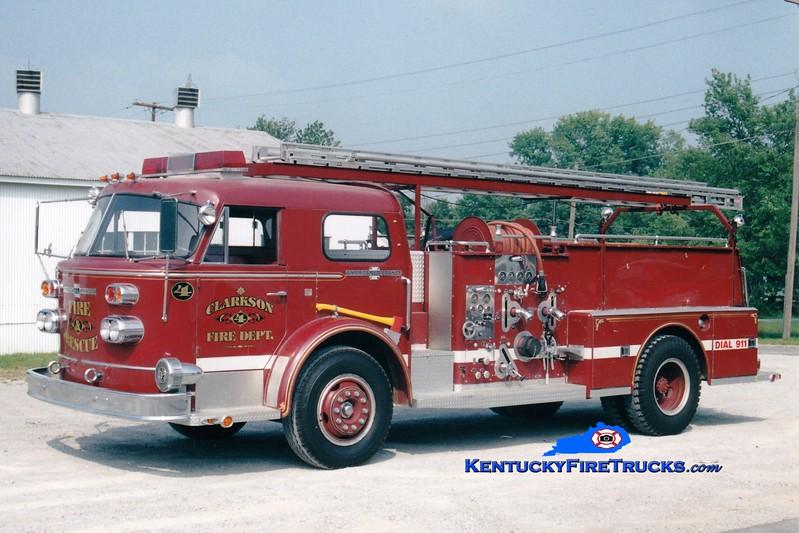 <center> RETIRED <br> Clarkson  Engine 904  <br> x-Bardstown, KY <br> 1968 American LaFrance 900 Series 1000/500 <br> Greg Stapleton photo </center>