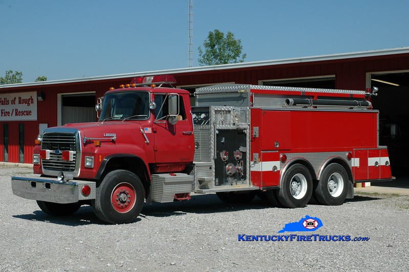 <center> Falls of Rough  Tanker 3  <br> x-Volusia County, FL <br> 1987 Ford L-8000/American Eagle 1000/2000 <br> Greg Stapleton photo </center>