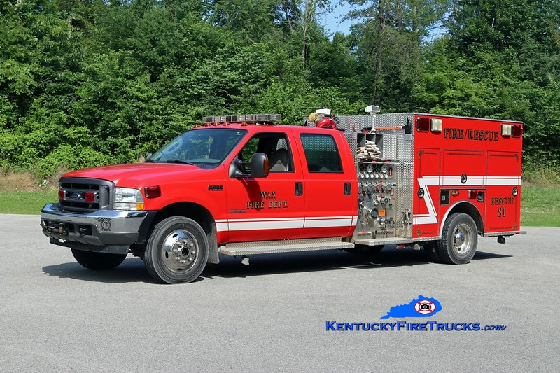 Wax  Rescue 81<br /> 2004 Ford F-550 4x4/KME 1000/300<br /> Kent Parrish photo