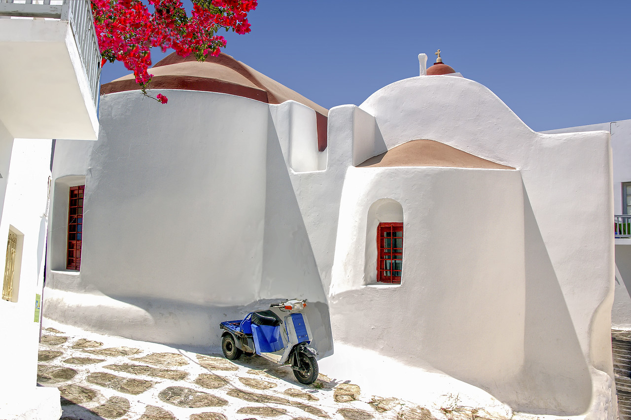 Church, Mykonos town, Greece