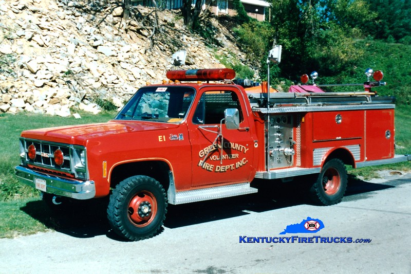 <center> RETIRED <br> Green County Engine 1 <br> 1980 GMC 4x4/E-One 250/250 <br> Greg Stapleton photo </center>