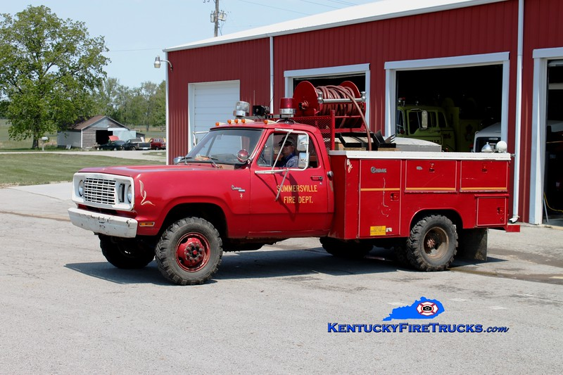 <center> RETIRED <br> Summersville  Engine 1  <br> 1978 Dodge 4x4/Fire-Tec 250/250 <br> Greg Stapleton photo </center>