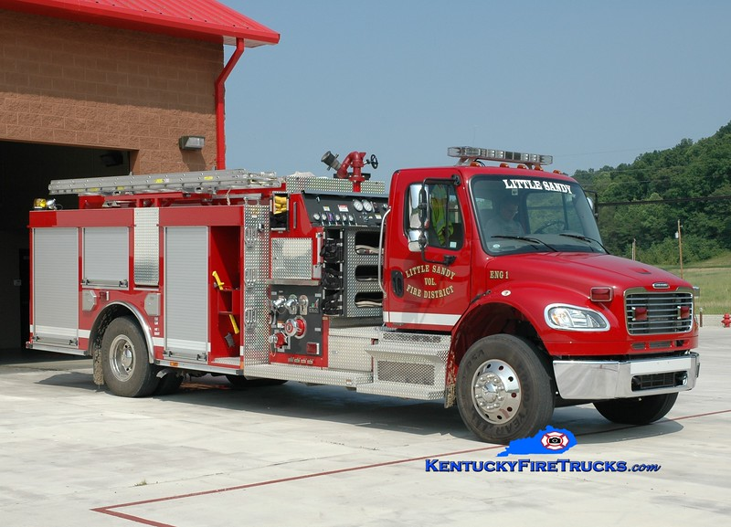 <center> Little Sandy  Engine 1<br> 2008 Freightliner M2-106/Smeal 1500/1500 <br> Greg Stapleton photo </center>