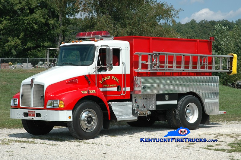 <center> Load  Tanker 1 <br> 2003 Kenworth T-300/Wynn 250/2000  <br> Greg Stapleton photo <br> </center>