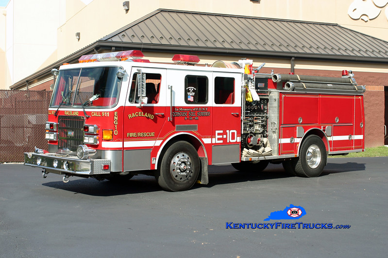 <center> Raceland  Engine 10 <br> x-South Kingston, RI <br> 1991 Ottawa/Beck 1500/1000/30 <br> Kent Parrish photo </center>