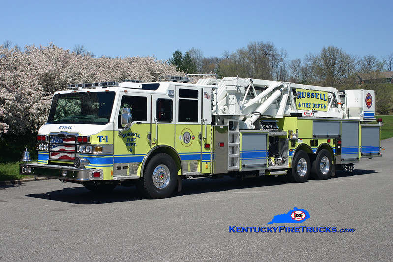<center> Russell  Tower 1 <br> 2007 Pierce Velocity 2000/300/95'  <br> Kent Parrish photo </center>
