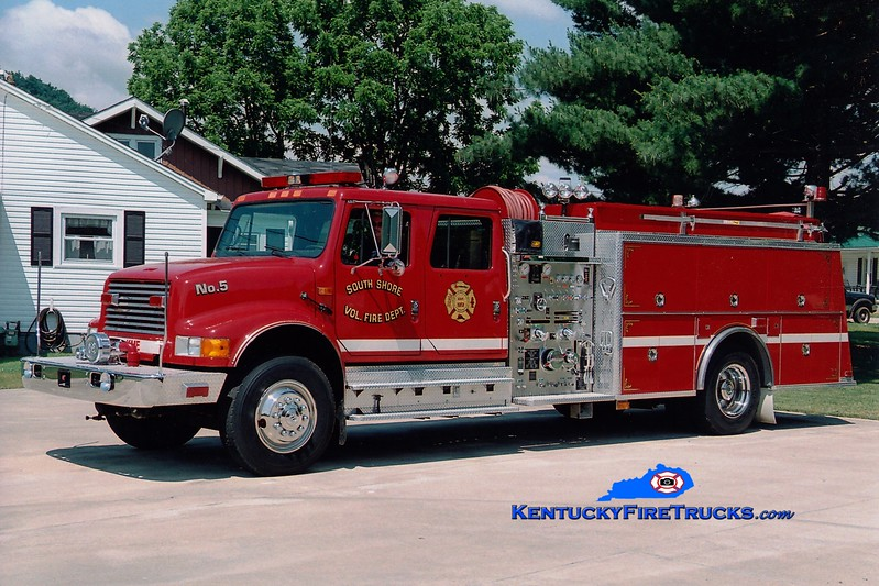 <center> South Shore  Engine 5 <br> 1991 International 4900/KME 1250/1250  <br> Greg Stapleton photo </center>