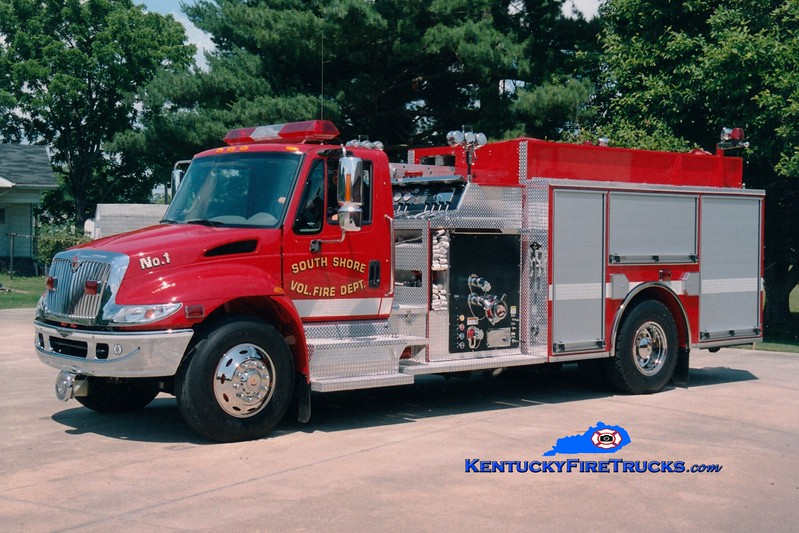 <center> South Shore  Engine 1 <br> 2004 International 4400/Pierce 1250/1000 <br> Greg Stapleton photo </center>
