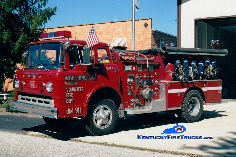 <center> Worthington  Engine 6 <br> x-Mackville, KY <br> 1973 Ford C/American LaFrance 1000/750 <br> Greg Stapleton photo </center>