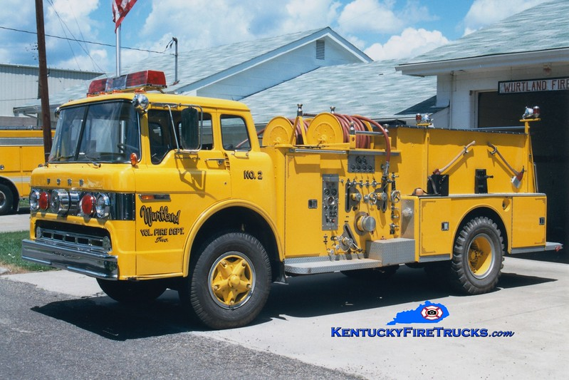 <center> RETIRED <br> Wurtland  Engine 2 <br> 1972 Ford C/American LaFrance 1000/750 <br> Greg Stapleton photo </center>