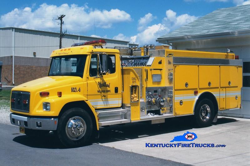 <center> Wurtland  Engine 4 <br> 1997 Freightliner FL80/Smeal 1250/1000 <br> Greg Stapleton photo </center>