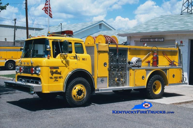 <center> RETIRED <br> Wurtland  Engine 1 <br> 1977 Ford C/E-One 1000/750 <br> Greg Stapleton photo </center>