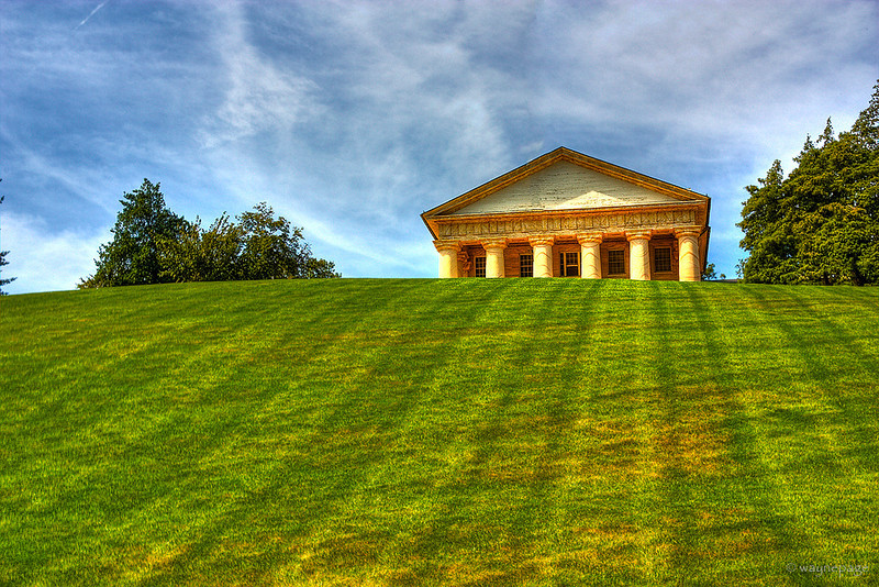 Arlington House HDR PS1