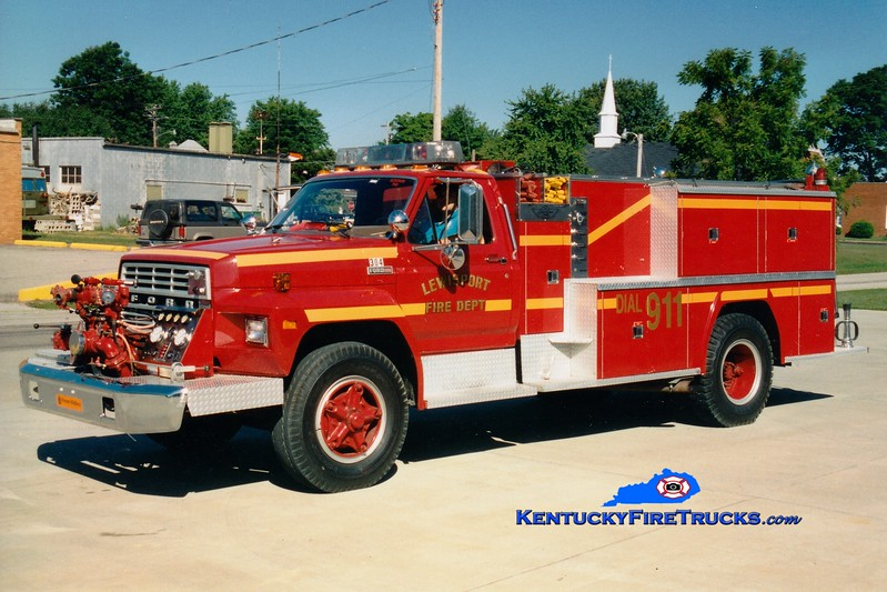 <center> RETIRED <br> Lewisport  Engine 304 <br> 1982 Ford F-700/American 750/1000 <br> Greg Stapleton photo </center>
