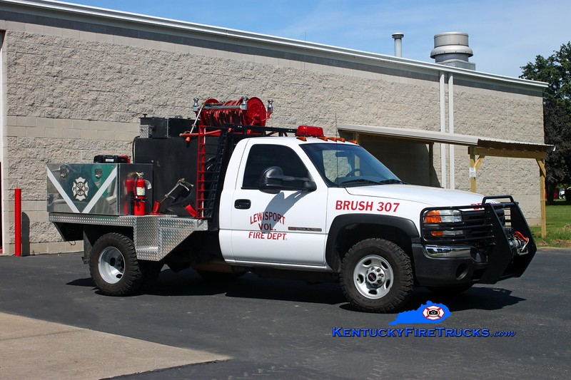 <center> Lewisport  Brush 307 <br> 2004 GMC 2500 4x4/2013 Local 250/250 <br> Kent Parrish photo </center>