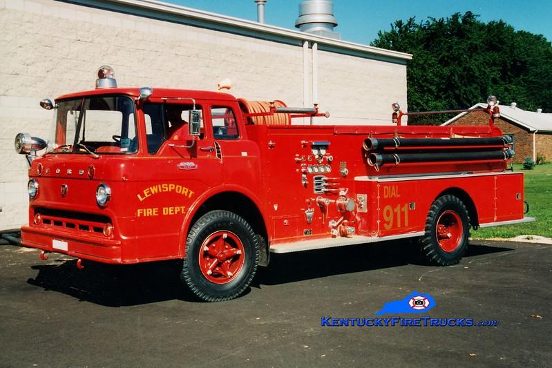 <center> RETIRED <br> Lewisport  Engine 301 <br> 1965 Ford C/American 750/500 <br> Greg Stapleton photo </center>