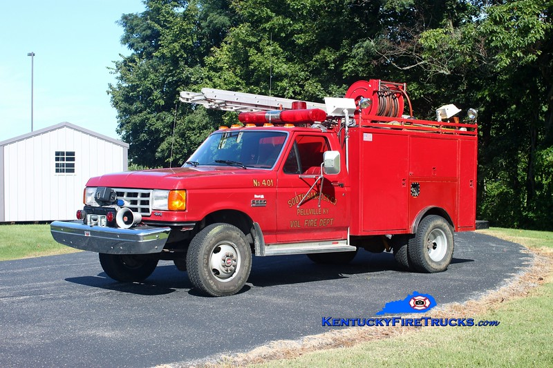<center> RETIRED <br> South Hancock  Squad 401 <br> 1989 Ford F-350 4x4/Local/SHFD 250/300 <br> Kent Parrish photo </center>