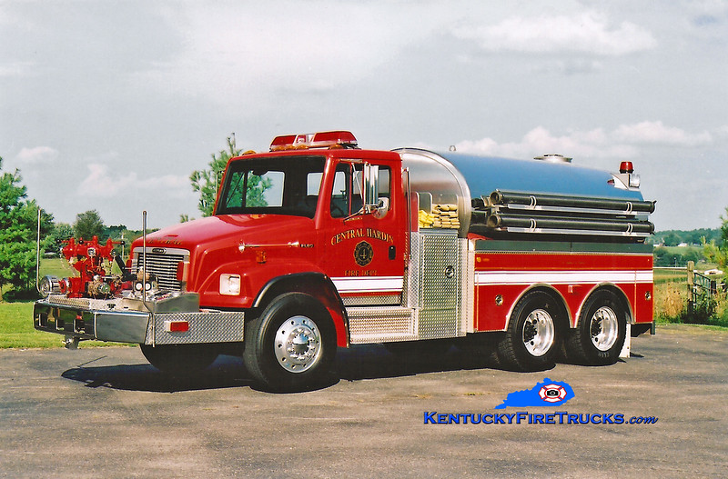 <center> Central Hardin  Tanker 1064 <br> 2002 Freightliner FL80/Bluegrass 1000/2500 <br> Kent Parrish photo </center>