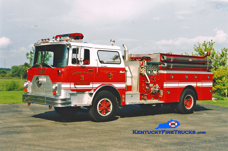 <center> RETIRED <br> Central Hardin  Engine 3 <br> x-Philadelphia, PA <br> 1976 Mack CF/Northeast Fire 1000/1000 <br> Kent Parrish photo </center>