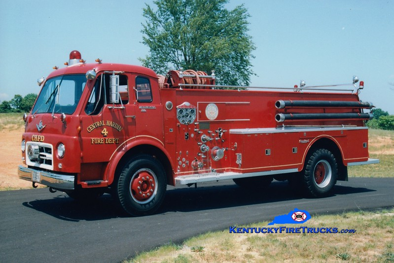 <center> RETIRED <br> Central Hardin  Engine 4 <br> x-Elizabethtown, KY <br> 1964 International VCO/Central 1000/1000 <br> Greg Stapleton photo </center>