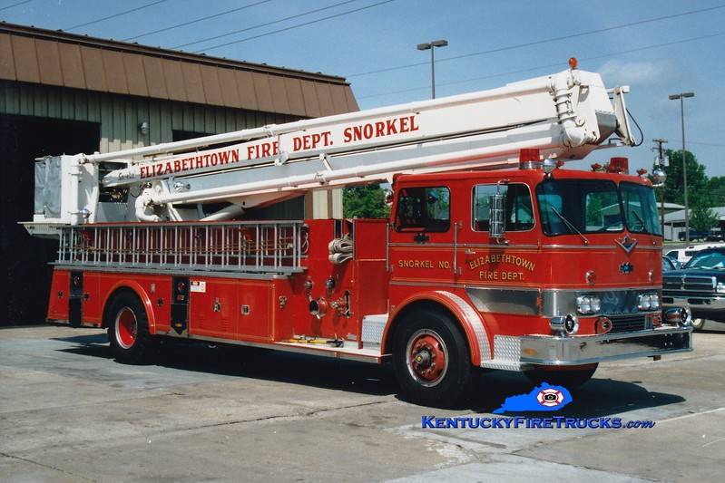<center> RETIRED <br> Elizabethtown  Snorkel 1 <br> 1972 International CO-8190/Midwest-Pierce 1000/300/65'   <br> Greg Stapleton photo </center>