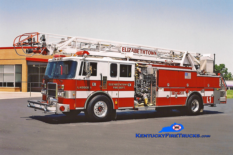 <center> RETIRED <BR> Elizabethtown  Ladder 1 <br> 1992 Pierce Lance 2000/400/75'  <br> Kent Parrish photo </center>