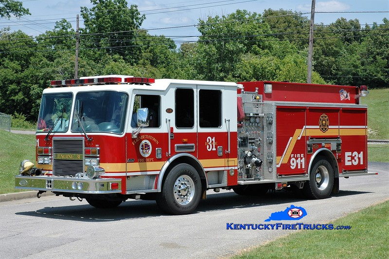 Elizabethtown  Engine 2031<br /> 2008 KME Predator 1500/750/50<br /> Greg Stapleton photo