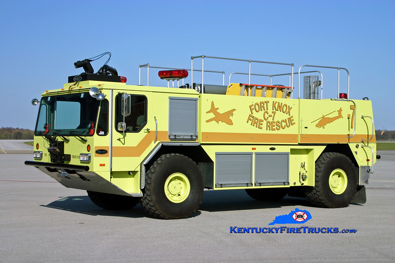 <center> Fort Knox  Crash 7 <br> 2004 E-One Titan HPR 4x4 1500/1500/200F/500DC <br> Kent Parrish photo </center>