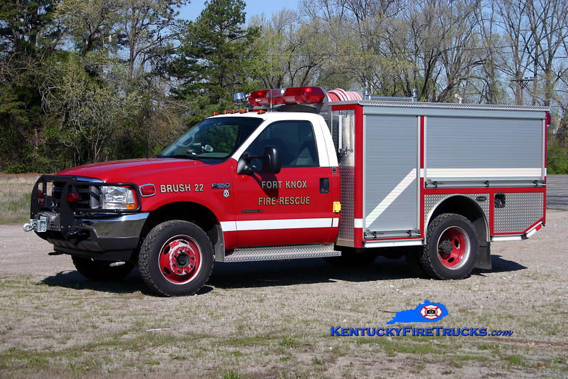 <center> Fort Knox  Brush 22 <br> 2002 Ford F-500 4x4/E-One 250/250/30 <br> Kent Parrish photo </center>