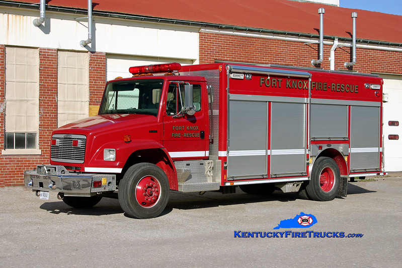 <center> Fort Knox  Hazmat 1 <br> 2001 Freightliner FL80/E-One <br> Kent Parrish photo </center>