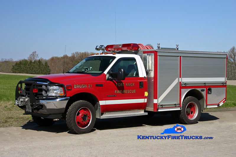 <center> Fort Knox  Brush 21 <br> 2002 Ford F-500 4x4/E-One 250/250/30 <br> Kent Parrish photo </center>