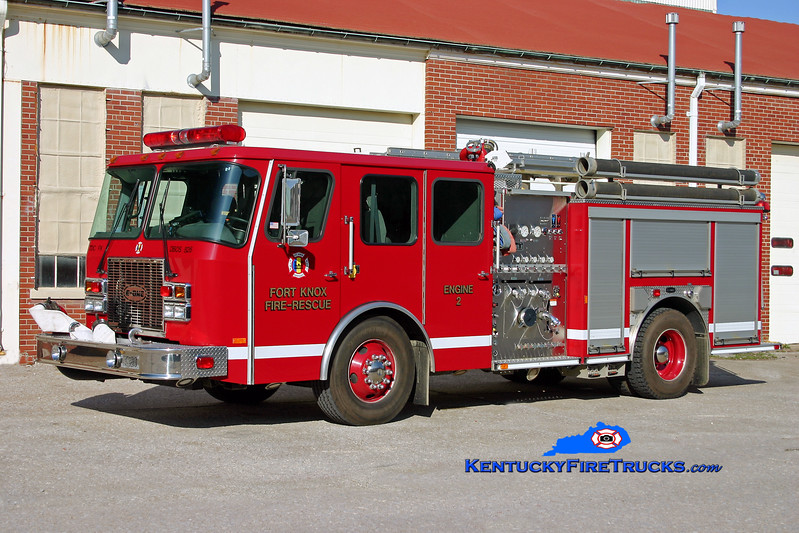 <center> Fort Knox  Engine 2 <br> *Reassigned as Engine 3 <br> 2001 E-One Cyclone II 1250/500 <br> Kent Parrish photo </center>