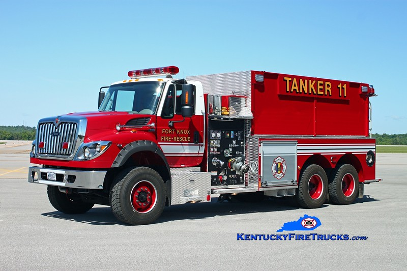 <center> Fort Knox  Tanker 11 <br> 2012 International 7600/Pierce 1250/3000 <br> Kent Parrish photo </center>