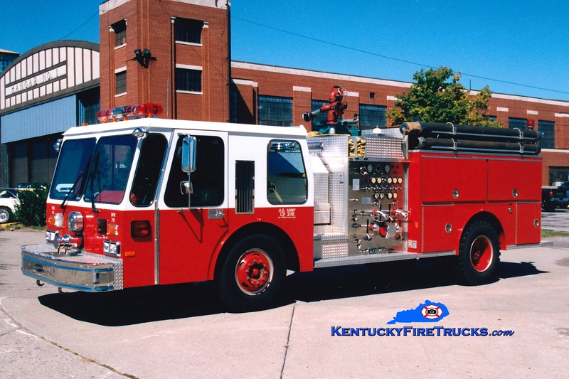 <center> RETIRED <br> Fort Knox  Engine 2 <br> 1986 E-One Hurricane 1250/500 <br> Greg Stapleton photo </center>