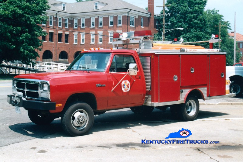 <center> RETIRED <br> Fort Knox  Rescue 1 <br> 1978 Dodge 4x4/E-One  <br> Greg Stapleton photo </center>