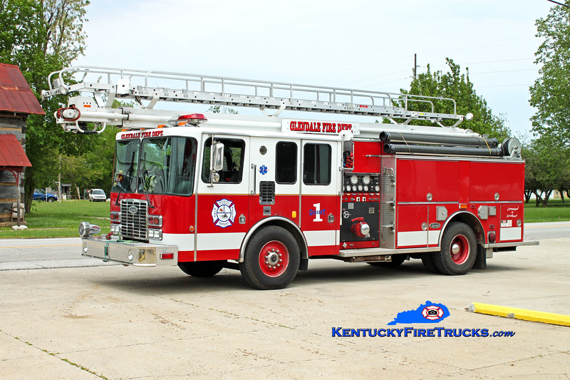 <center> RETIRED <br> Glendale  Quint 2550  <br> x-Glenview, IL <br> 1995 HME/Luverne 1250/500/55' Read-Tower <br> Kent Parrish photo <br> </center>