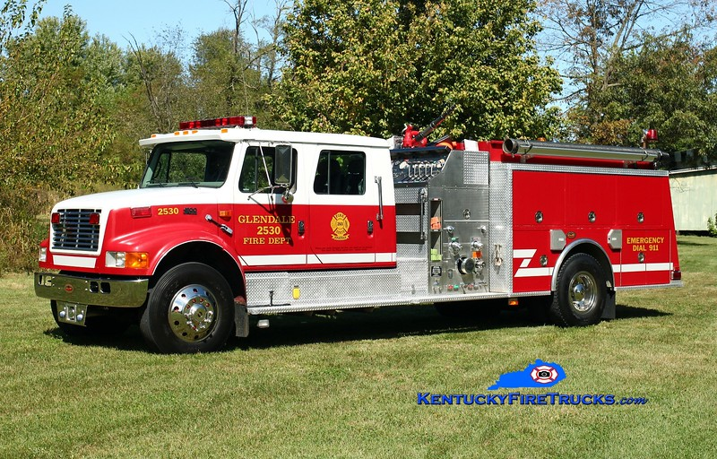 <center> RETIRED <br> Glendale  Engine 2530  <br> 1998 International 4900/KME 1250/1000 <br> Kent Parrish photo <br> </center>