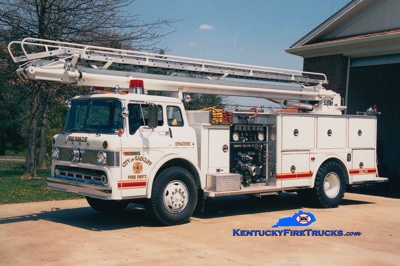 <center> RETIRED <br> Radcliff  Engine 4 <br> 1980 Ford C-8000/Pierce 1000/300/50' TeleSqurt <br> Kent Parrish photo </center>